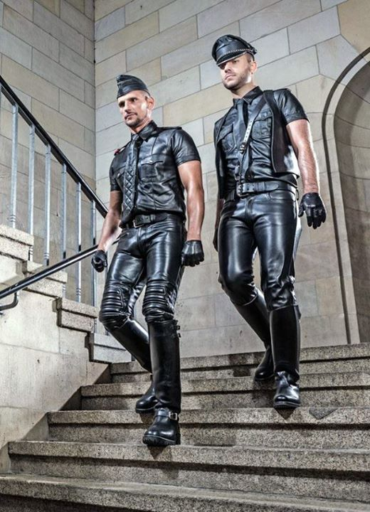 Gay Leather Slaves 69