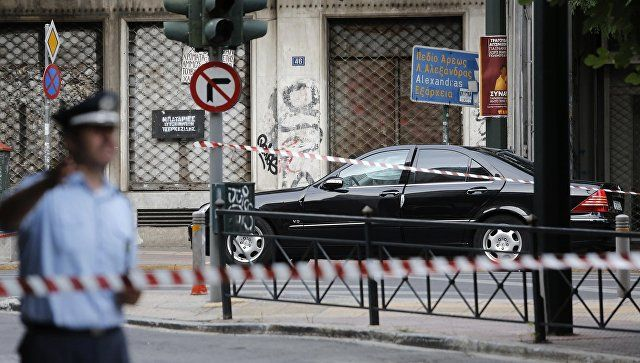 Το Κουτσαβάκι: Στην Ελλάδα  υπονόμευσαν  το αυτοκίνητο του πρώην ...