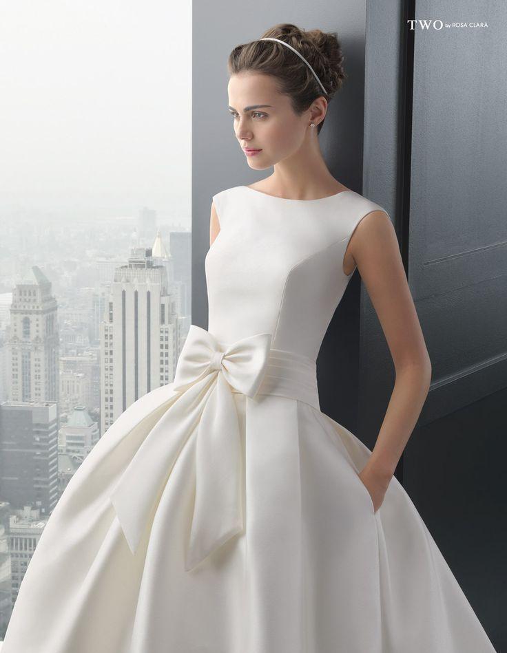 CHIC TWO-13 Lavorazioni #artigianali e #tagli perfetti su abiti ed accessori, per #matrimoni di grande classe. www.mariages.it