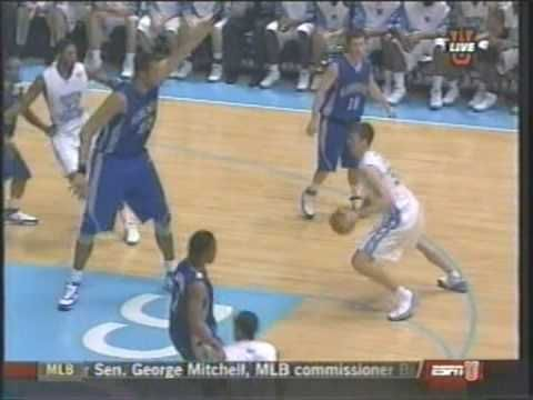 Tyler Hansbrough Dunk on 7'7 Kenny George #throwback #hansbrough #tarheels