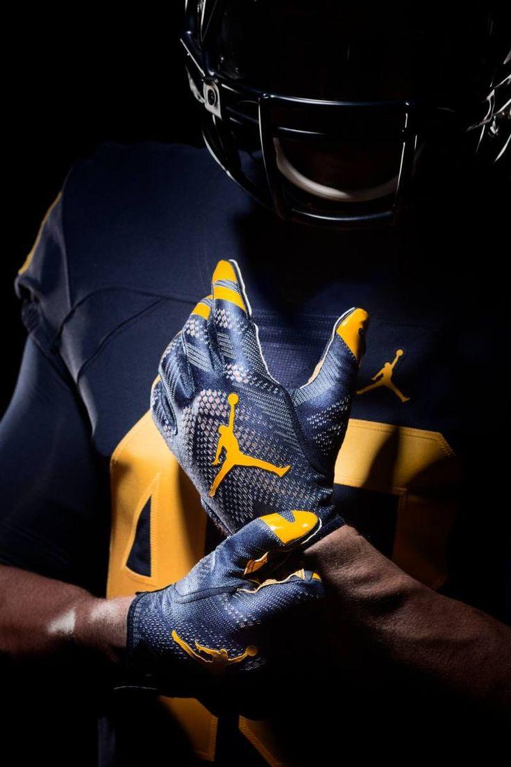 Los Michigan Wolverines están de estreno para la temporada 2016.