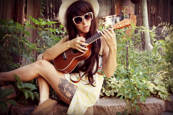 224 Best Images About Girls With Guitars On Pinterest: 46 Best Images About Girls With Ukes On Pinterest