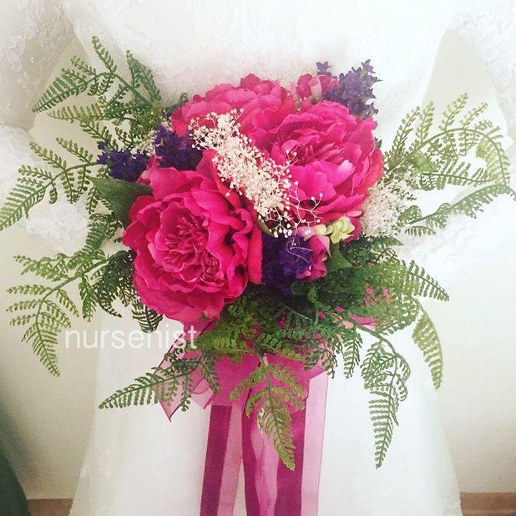 �� #buket #gelinbuketi #çiçek #bridesflowers #taç #gelintacı #nedime #nedimebilekliği  #buket #gelinbuketi #çiçek #lavanta #lavender #taç #lacivert #bebek #gelin #damat #bride #groom #bridal #düğün #hediye #hediyelik #kınagecesi #nikahşekeri #nişan #nişantepsisi #bebekşekeri #doğum #engagement #engagementparty #engaged http://turkrazzi.com/ipost/1524789288846617073/?code=BUpI8ePBenx