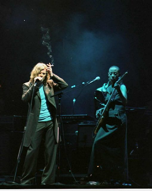June 23-25, 2000: David and other artist take the stage at Glastonbury Festival. Tickets and programs ran about $125, and attendance was around 200,000, although only 100,000 tickets were actually sold. The discrepancy was due to gatecrashers, and became a public safety concern.