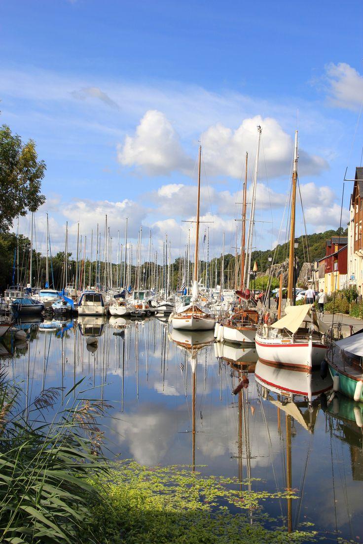 Port de la Roche-Bernard dans le Morbihan.