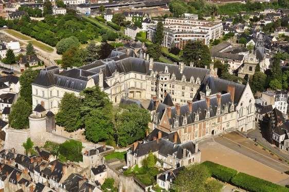 Best 20 chateau de blois ideas on pinterest chateau - Point p blois ...