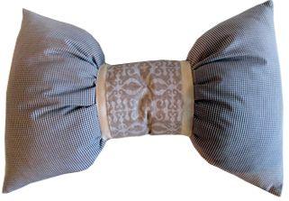 подушка-бантик. 30х50. 120гр.