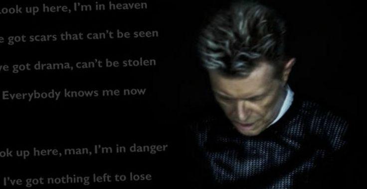 Ο David Bowie 'έφυγε' αθόρυβα, συγκλονίζοντας τους θαυμαστές του!!!! Αφιέρωμα στον σπουδαίο καλλιτέχνη #DavidBowie #BlackstarAlbum #webmusicradio