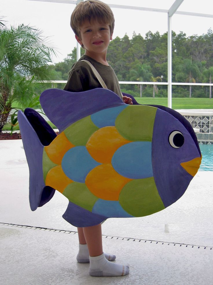 Smaller version for One Fish, Two Fish; Red Fish, Blue Fish costumes! So cute.
