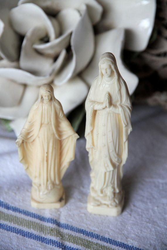 Small vintage religious Madonna figurines 12