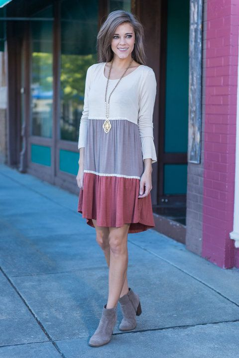 """Triple Time Dress, Taupe"" First of all, those colors couldn't be any more perfect for the season! We love the loose and casual fit! The length makes it so easy for everyone to wear too!  #Newarrivals #shopthemint"