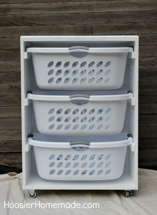 CESTOS PARA ROUPA SUJA! Tudo separadinho pra lavar, super prática! E cabe em qualquer cantinho da sua lavanderia!