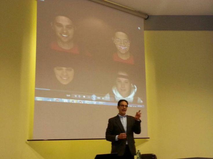 Lezione magistrale sulle novità nella scienza della comunicazione non verbale con il prof. Daniel Messinger - Università di Miami organizzato da NeuroComScience.  www.lab-ncs.com