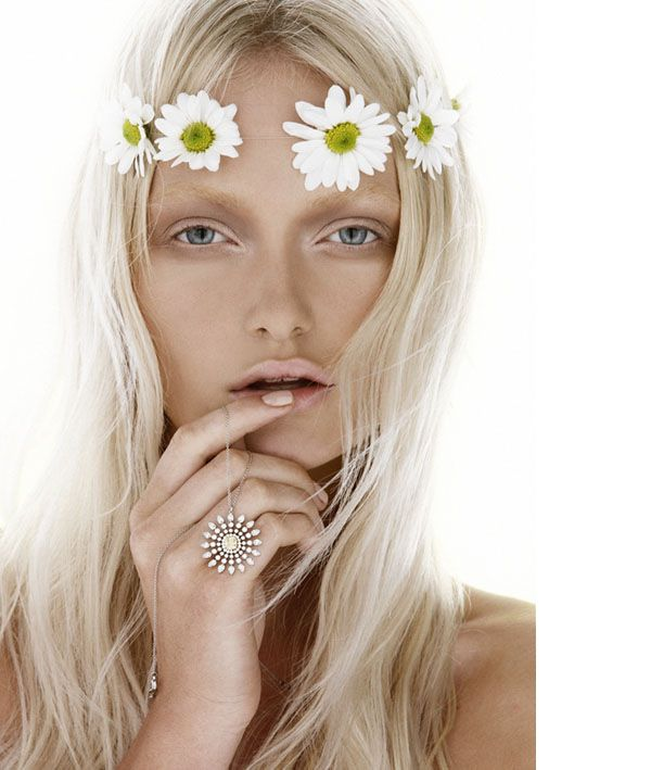Flower power.: Hair Piece, Vogue Beauty, Google Search, Freshmakeup Weddinghair