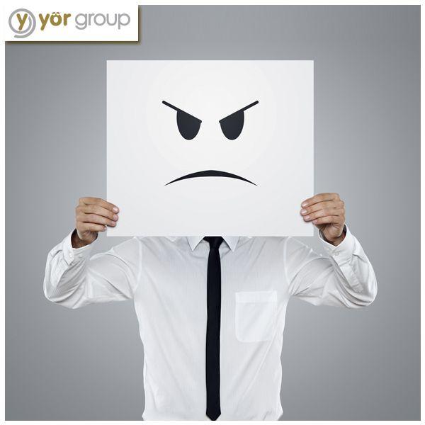 """Eğer iş yerinde öfke kontrolü probleminiz varsa bunu """"sorun çözme"""" eğiliminizi güçlendirerek aşabilirsiniz. Bir problem olduğunda getirdiği zararları değil, nasıl çözüm üretebileceğinize odaklanın. #business #job"""