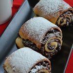 Rulouri cu crema de nuci i alune bucatareselevesele food foodblogger