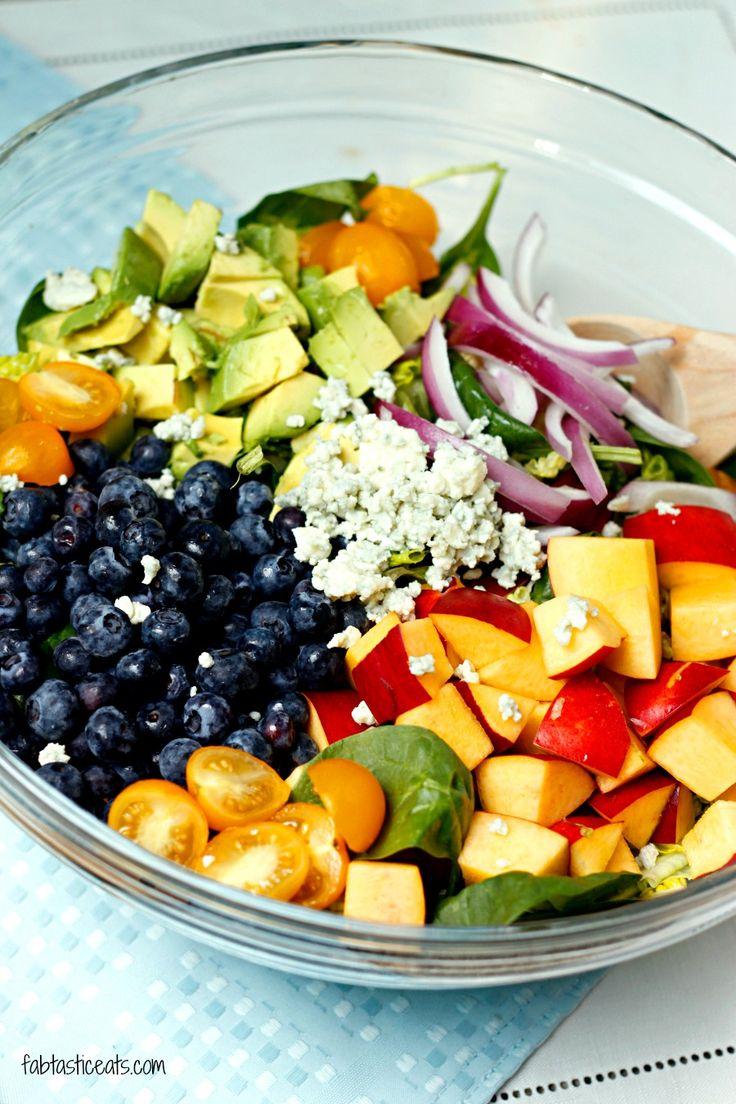 Blueberry and Nectarine Salad with Avocado Citrus Vinaigrette | Fabtastic Eats