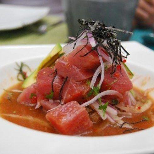 Ceviche de ahi tuna o atún fresco. | 16 Deliciosas recetas que te pondrán a comer ceviche sin parar
