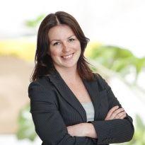 Hej jag heter Jenny Axelsson och jobbar som mäklarassistent på Notar Bromma & Spånga. Andra områden jag är proffs på är Ekerö med omnejd.