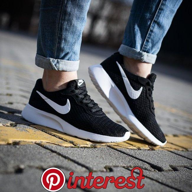 Nike tanjun, Nike fashion outfit, Nike