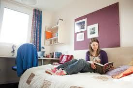 #Sheffield #University #accommodation can be quite tricky if one does not have the right information or contacts. These agencies, registered with the universities, help in finding the right student house in Sheffield.