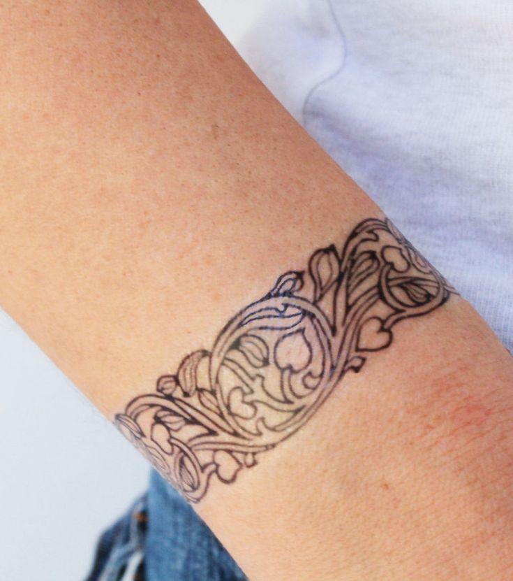 Armband-Tattoo | Art nouveau tattoo, Tattoo armband handgelenk, Armband tattoo