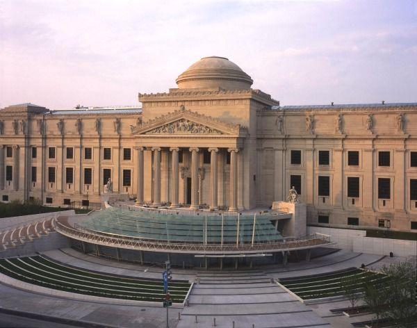 59 best guide to student discounts images on pinterest museums the brooklyn museum suggests that students contribute 8 for admission but you are allowed to fandeluxe Gallery