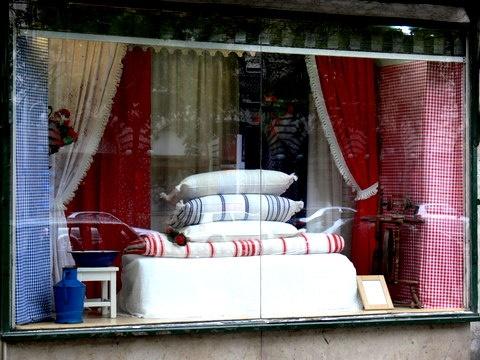 Budapest,erzsébet Krt.34.  Dekor lakástextil