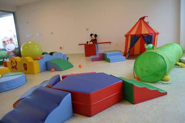 niños jugando con obstaculos - Buscar con Google