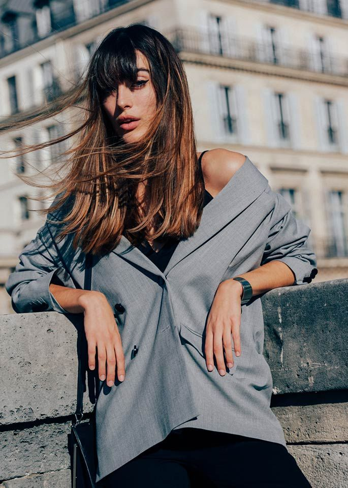 Carmen's hair colourist, Siobhan gives her expert tips on how to get the hair colour you want. She tells us how to find good references and be realistic.
