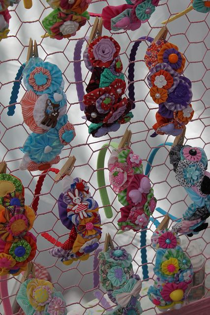 ittybittybirdy craft show display (2010) by ittybittybirdy, via Flickr (idea for displays for accessories and jewelry)