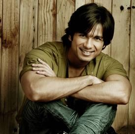Bollywood Actor Shahid Kapoor To Marry A Delhi Girl Soon