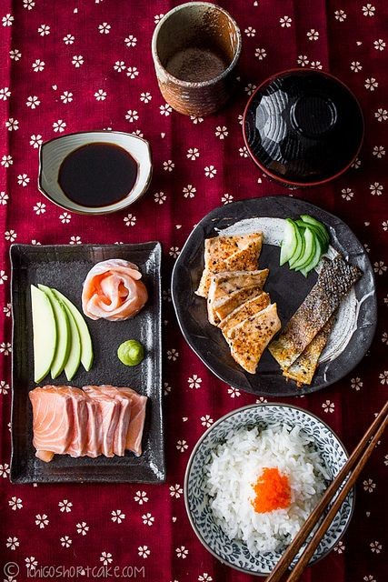 Sashimi Donburi - Japanese Sliced Salmon on Rice with Condiments