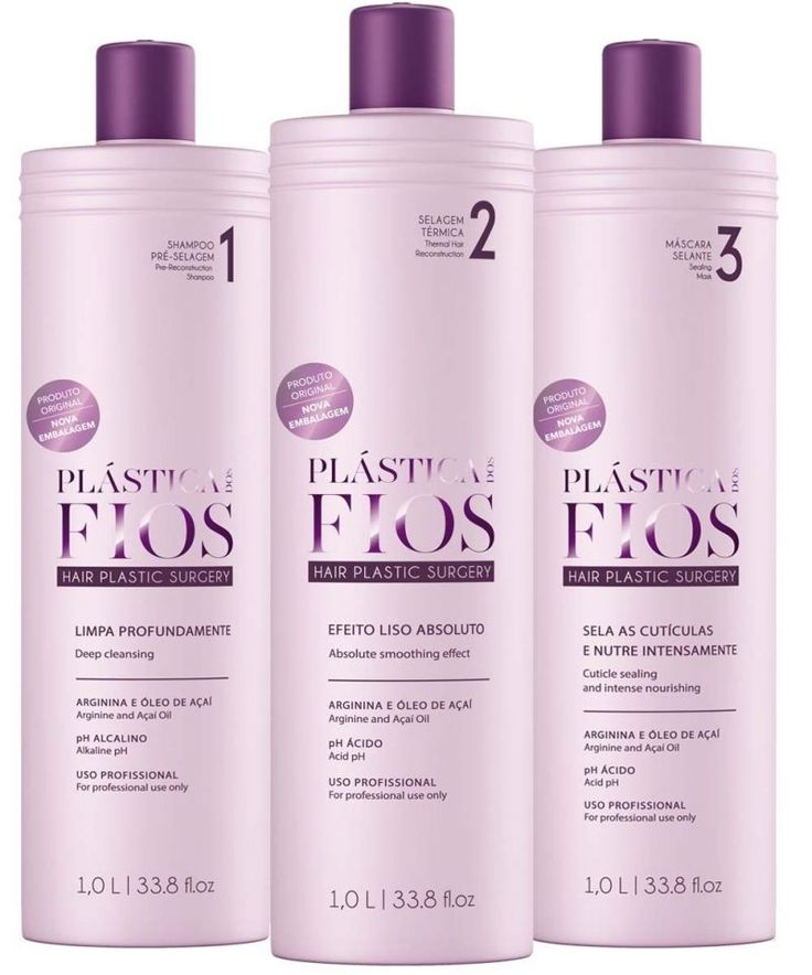 Plastica dos Fios Cadiveu - Keratin Treatment 980ml Fortifies hair by adding strength and improving elasticity. Deeply reinforces the structure of the hair and intensively refinishes the outer layer with protection.