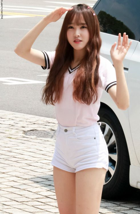 GFriend - Yuju | [GFriend] Yuju | Asian girl, Asian beauty ...