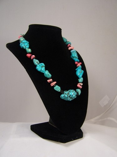 Turquoise Nuggets Coral Chips with Black Chips