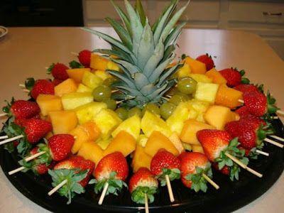 más y más manualidades: Como servir brochetas de fruta de forma llamativa y sin que se resequen