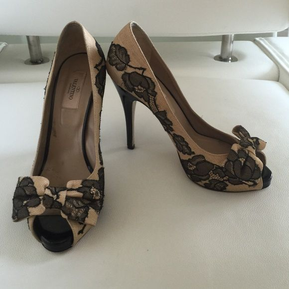 Valentino high heels Beige background with black lace flowers over lay. Like new and authentic. Valentino Shoes Heels