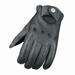 Note to Self: AN and VN    @Overstock - Enhance your riding experience with these leather motorcycle gloves  Durable motorcycle gloves are vented for ultimate comfort  Complete your motorcycle gear with these rugged leather gloveshttp://www.overstock.com/Sports-Toys/Vented-Leather-Motorcycle-Gloves/3082673/product.html?CID=214117 $27.99