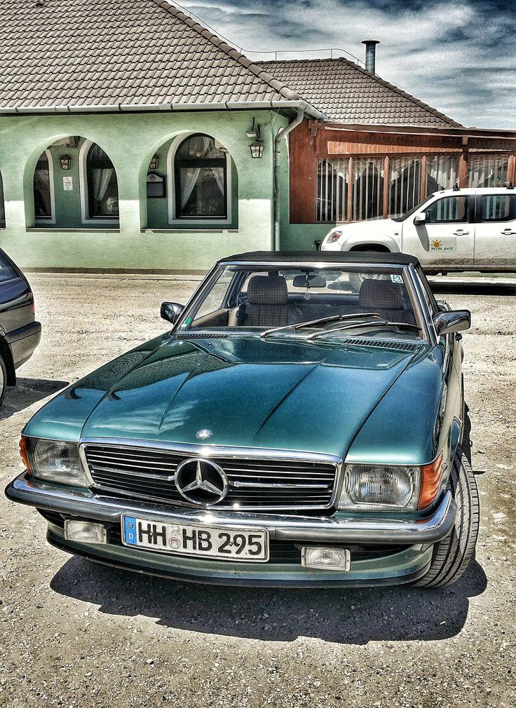 Régi Mercedes Csornán...