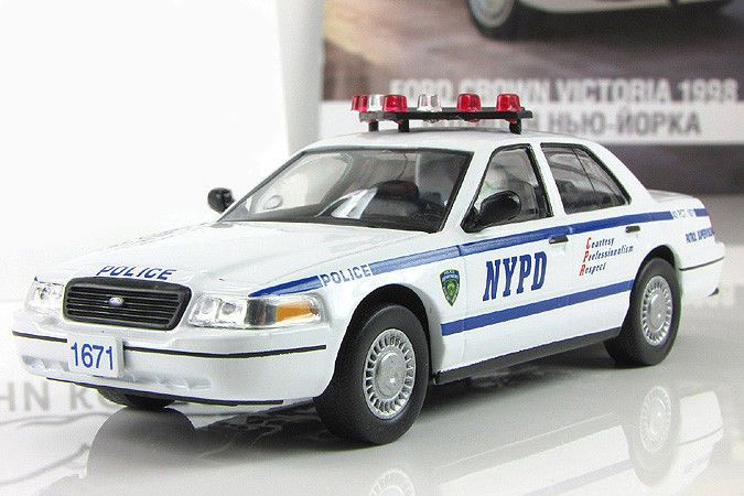 Ford Crown Victoria Nypd Police Interceptor 1998 Year 1 43 Scale Diecast Model Deagostini Ford In 2020 Police Cars Victoria Police Police