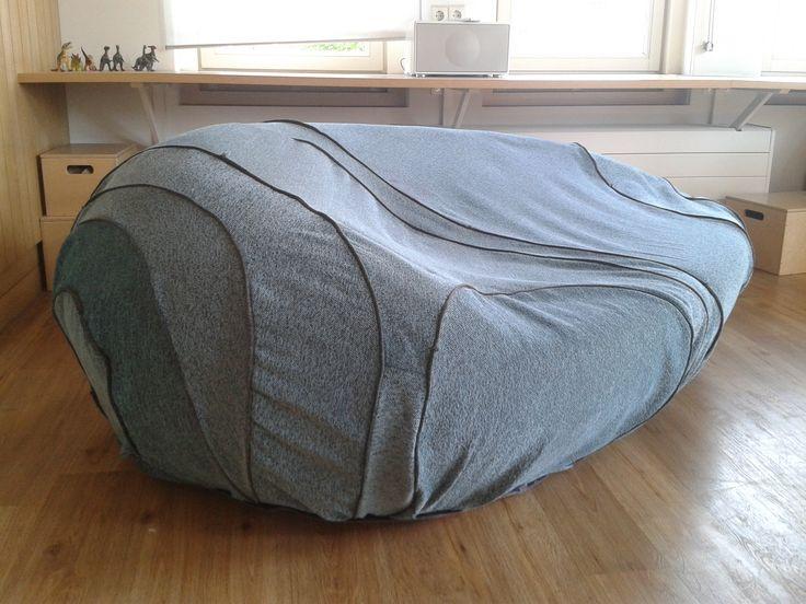 zelf gemaakt: nieuwe hoes voor een kussen in de vorm van een steen