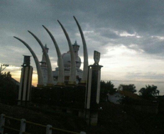 Sragen monument at Grompol