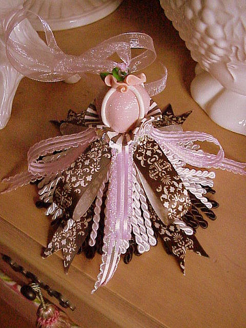 Decorative Tassel Petits Fours