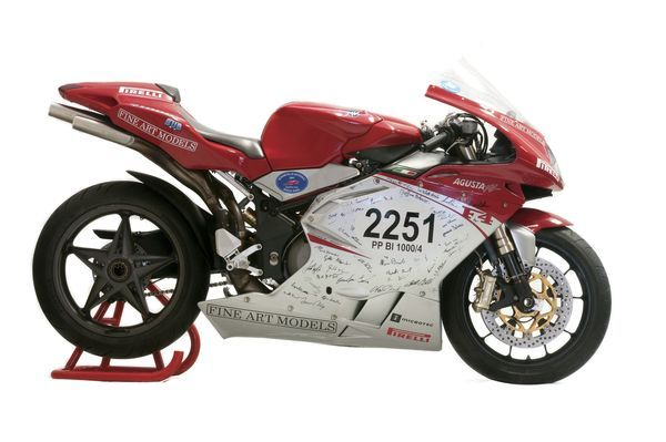 mv agusta f4 1000 r 1 1 2008 #bikes #motorbikes #motorcycles #motos #motocicletas
