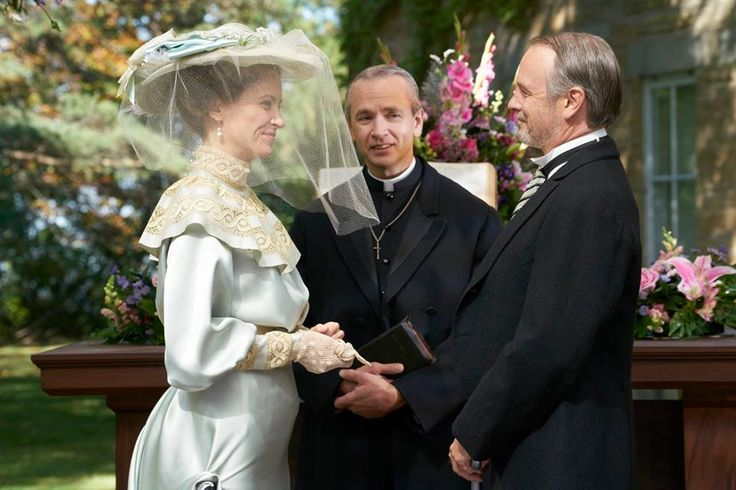 Elizabeth Cummersworth (Leslie Hope) and Oliver Pym (Dennis Cutts) exchange vows as the Minister (Ian Matheson) officiates.