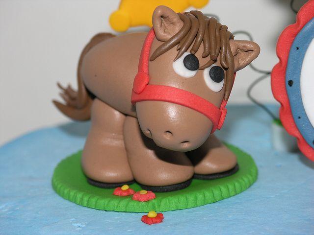 Fondant Horse by Cakes by Jeana, via Flickr