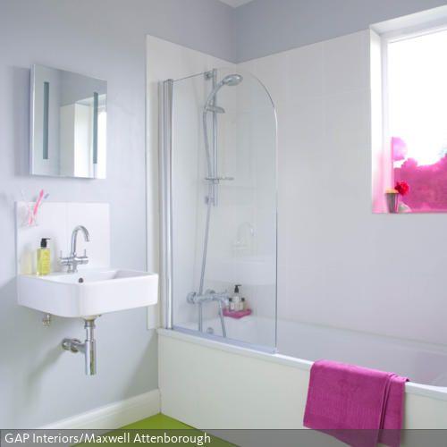 gr ner bodenbelag f r mehr frische im bad kleine r ume pinterest hellgrau farbe. Black Bedroom Furniture Sets. Home Design Ideas