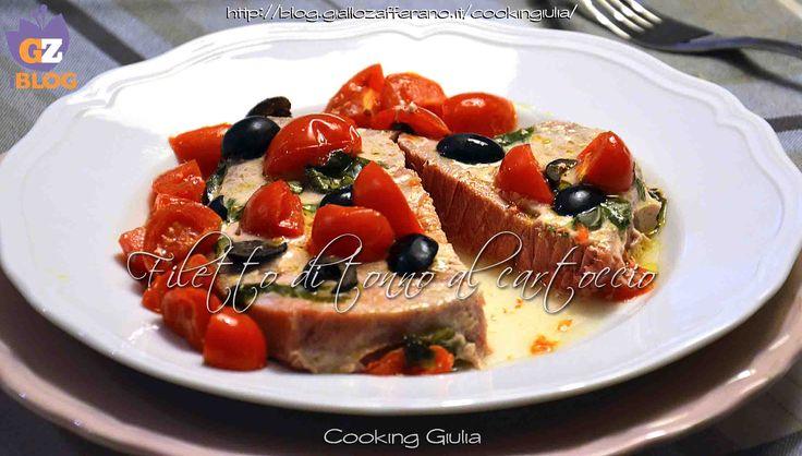 Il filetto di tonno al cartoccio è una ricetta semplicissima che si prepara in forno e in pochi minuti. Bastano pochi e semplici ingredienti.