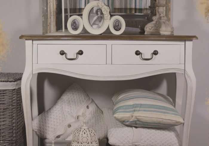 consola vintage Decor cu mobilier shabby chic pentru casa ta
